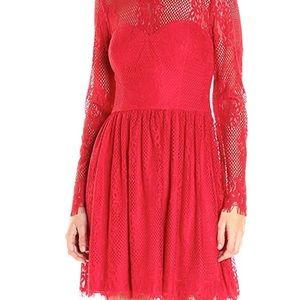 Guess Long Sleeve Lace Dress size 2 NEW
